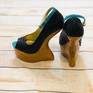 Gaga Style Heels Unique Design Sz 7.5
